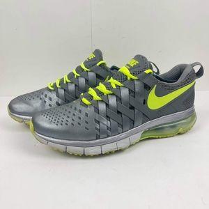 Nike Mens Fingertrap Air max Training Volt-Metallic Cool Grey-Pure Platinum 12.5